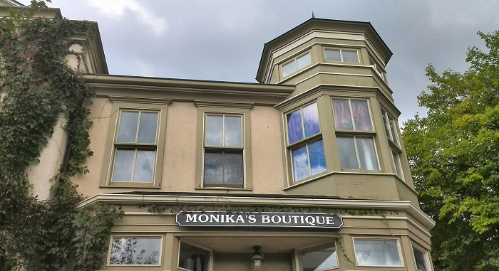 Monika's Boutique Niagara on the Lake