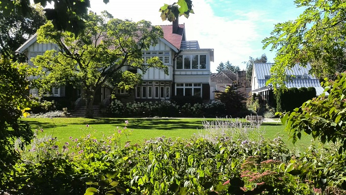 Mansion in Niagara on the Lake