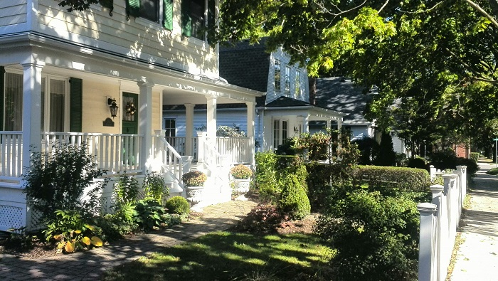 Beautiful White House in Niagara-on-the-Lake