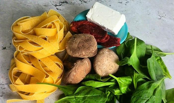Italian Food | Pasta Recipe - Sundried tomato and shittake pasta ingredients