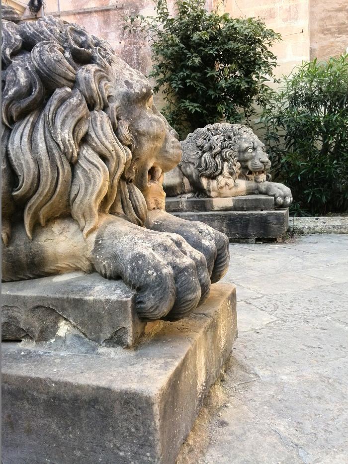 Lion statues Grandmaster's Palace Valletta