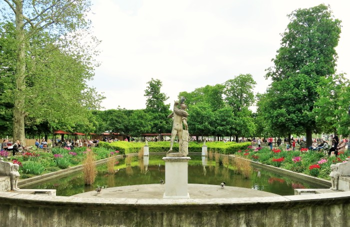 Pond with statue in the Tuileries Gardens, Paris