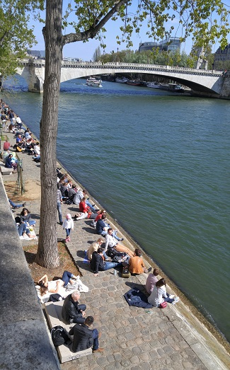 Sunbathing along the Seine, Paris, France