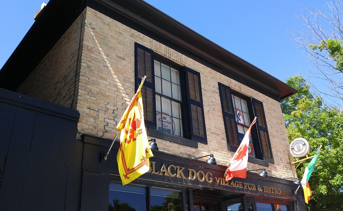 Black Dog Pub, Bayfield Ontario
